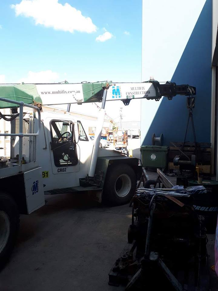 Brisbane-Crane-Service-1
