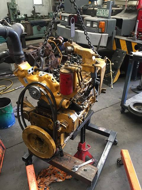 crane engine rebuild brisbane